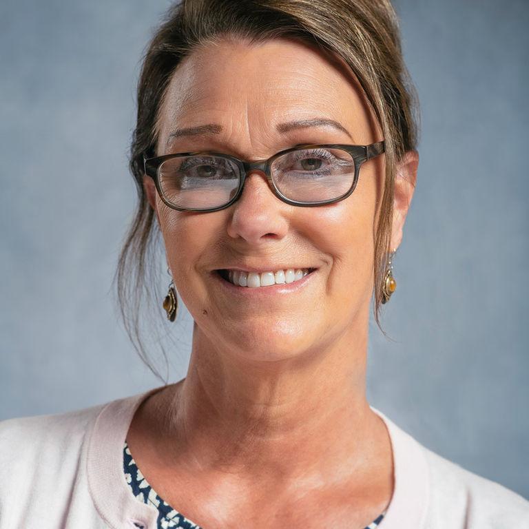 Lisa Goebel *